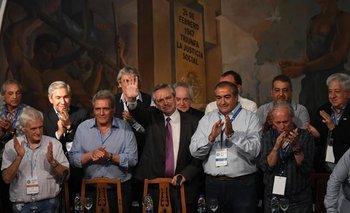 El elogio de Alberto a CFK en la cumbre de la CGT   Alberto presidente