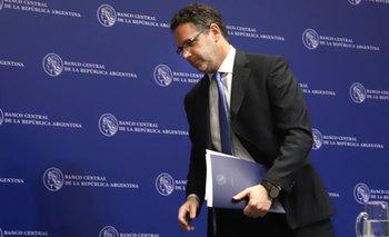 Macri le da a la maquinita de billetes antes de irse | Mauricio macri
