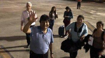 Evo partió a México tras el golpe en Bolivia    Golpe en bolivia