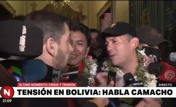 Periodista argentino acorraló al golpista Camacho  | Golpe en bolivia