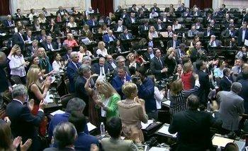 Legisladores de Todos festejaron cantando la marcha del PJ   Congreso