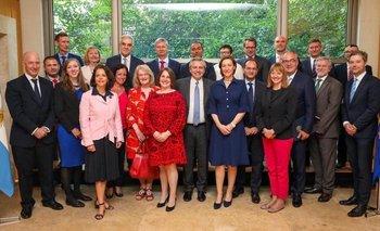 Alberto le pidió a embajadores de la UE apoyo con el FMI | Alberto presidente