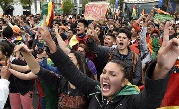 Video del momento en el que periodistas de TN logran ser salvados en un operativo | Golpe en bolivia