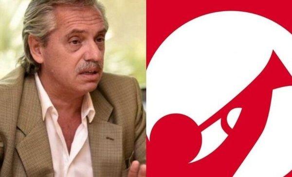 La insólita tapa de Clarín para minimizar la asunción de Alberto Fernández y alabar a Mauricio Macri - El Destape