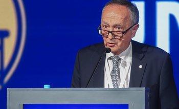 Acevedo, en presencia de Macri, destrozó al Gobierno   Uia
