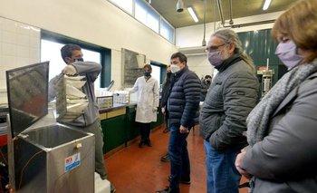 Pan y leche: la estrategia del gobierno para bajar precios y generar trabajo | Economía popular