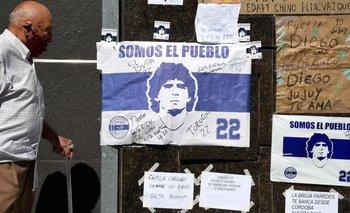 Registran un caso de coronavirus en el mismo piso donde está internado Maradona  | La salud de maradona