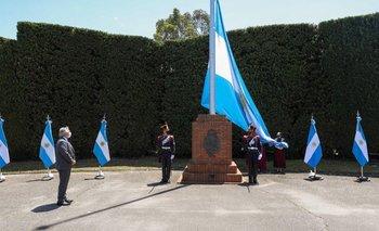 Malvinas Argentinas: Alberto encabezó el acto a 200 años del primer izamiento | Actos oficiales