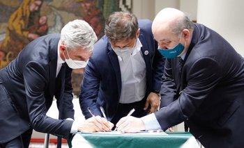 Kicillof firmó un convenio para la construcción de un Polo Científico | Provincia