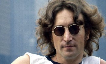 Subastan disco que John Lennon firmó a su asesino antes de morir | Música