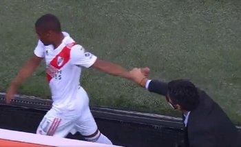 La furia de De la Cruz al ser reemplazado en River: le negó el saludo a Gallardo | Fútbol