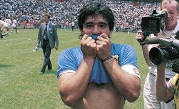 ¿Es Maradona un jugador de fútbol?   Murió diego maradona