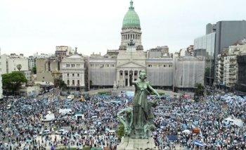 Manifestantes contra el aborto legal marcharon al Congreso   Aborto