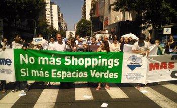 Vecinos de Caballito marcharon contra el shopping | Ciudad