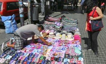 Creció la venta ilegal callejera en el conurbano en el último año   Venta callejera