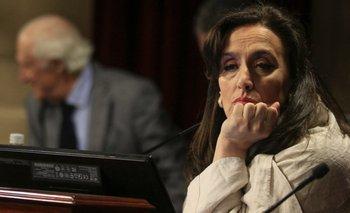 La hermana de Michetti aseguró que no le dieron recibo y expuso aún más a la vice   Las bolsas de michetti