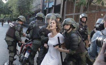 La Gendarmería detuvo a una chica que pasaba por los alrededores del Congreso   Cambiemos