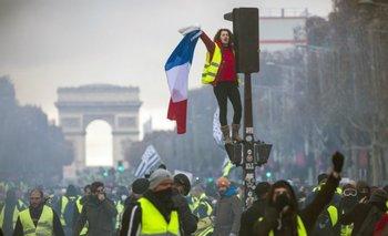 Francia y sus revueltas: los pobres tomaron las calles de Francia para quejarse   Pedro brieger