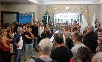Radio Nacional: por falta de paritarias, los trabajadores realizan un paro   Radio nacional