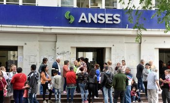 A días de irse, Macri toma plata de los jubilados | Anses