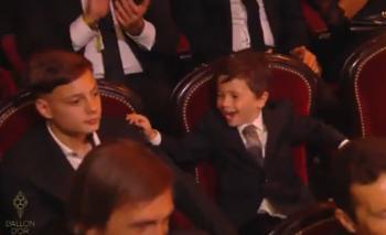 La reacción de Mateo Messi que se robó todas las miradas | Balón de oro