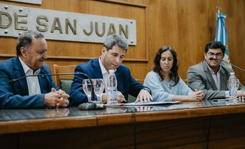 Uñac presentará su gabinete, con paridad de género | San juan