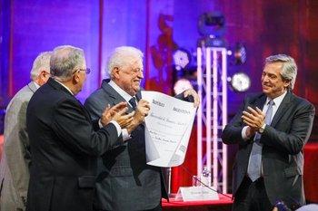 Aborto y cannabis: los anuncios de Ginés    Alberto presidente