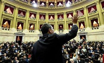 Polémica por quién debe ocupar una banca de diputados | Ley de paridad