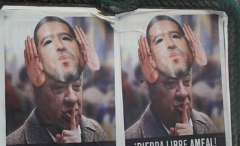 El macrismo sacó afiches desesperados para difamar a Riquelme | Elecciones en boca