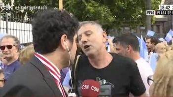 El delirante relato de un afectado por Macri que aun lo apoya   Macri presidente