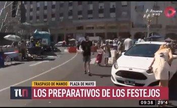 Atropellaron a una cronista de Telenueve en vivo | Video