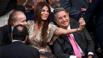 Sonrisas, emoción y selfies en la Asamblea Legislativa | Alberto presidente