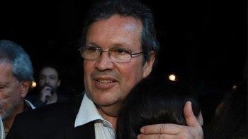 Bauer lloró al ver cómo dejaron los muñecos de Zamba | Alberto presidente