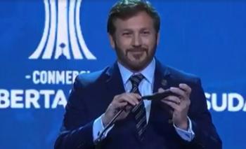 Domínguez sacó su celular y puso una inesperada canción | Conmebol