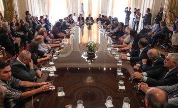 Gobierno, UIA y CGT detallaron el acuerdo firmado  | Ley de solidaridad social