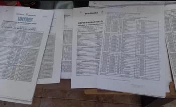 Tres personas detenidas por vender títulos falsos | Escándalo