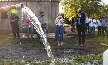 Fabiola Yáñez inició obras de agua potable en Yacyretá | Fabiola yáñez