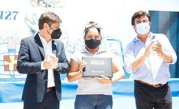 Kicillof entregó notebooks junto a Espinoza en La Matanza | La matanza