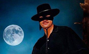 El Zorro vuelve con nuevos capítulos y un sorpresivo giro en la historia   El zorro