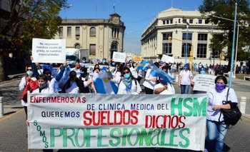 Entre Ríos: enfermeros, entre el stress y reclamos a Bordet | Coronavirus en argentina