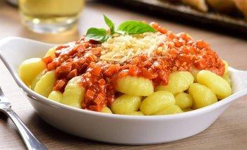 Receta de ñoquis de papa con salsa de bolognesa   Recetas de cocina