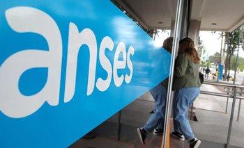 Cuándo cobro ANSES: quiénes cobran pensiones y AUH este viernes 7 de mayo  | Anses