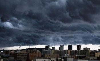 Clima hoy: el pronóstico lanza alerta amarilla por lluvias y granizo   Pronóstico del tiempo